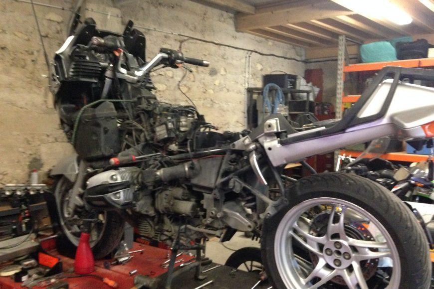 BMW R1150 RT : Dépose de boite de vitesse